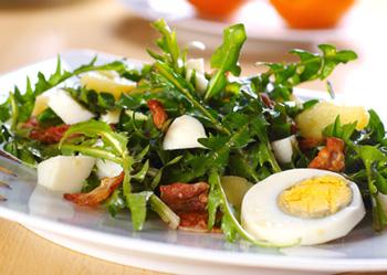 Mit Salat auf dem Weg zum Idealgewicht