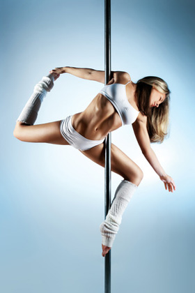 Pole Dance – Akrobatik an der Stange